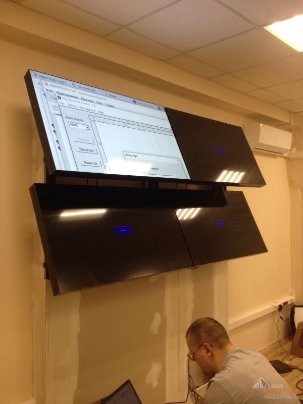 Компания «IKAR» изготовила четыре профессиональных LCD-монитора