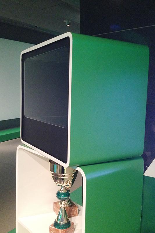 Голографический куб